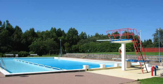Kosta open-air pools