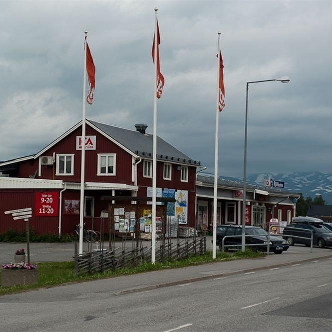 Marianne Lindgren,  © Hemavan Tärnaby PR-förening, ICA Fjällboden in Bayhill Center