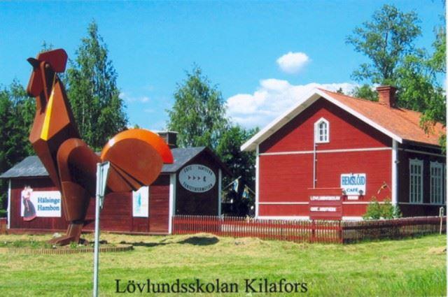 Hantverksförsäljning i Lövlundsskolan