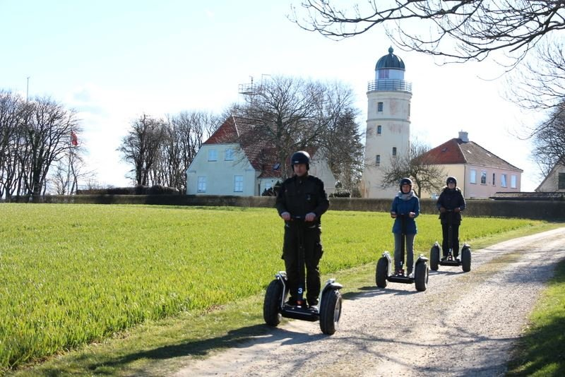 Guidet tour on Segway (1 hour) age: 16+