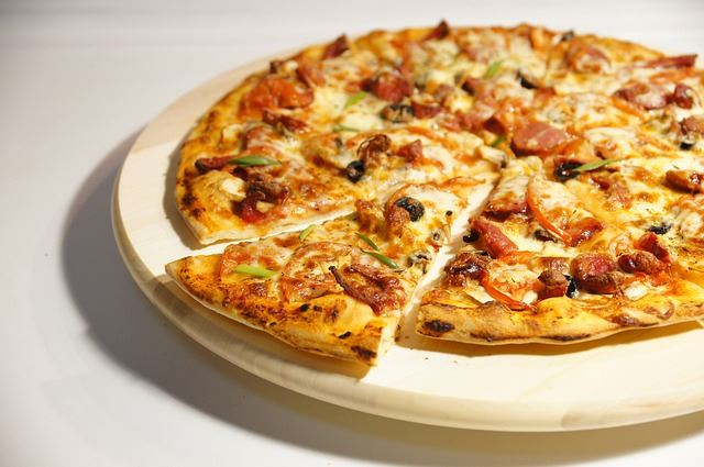 Esra's pizzeria