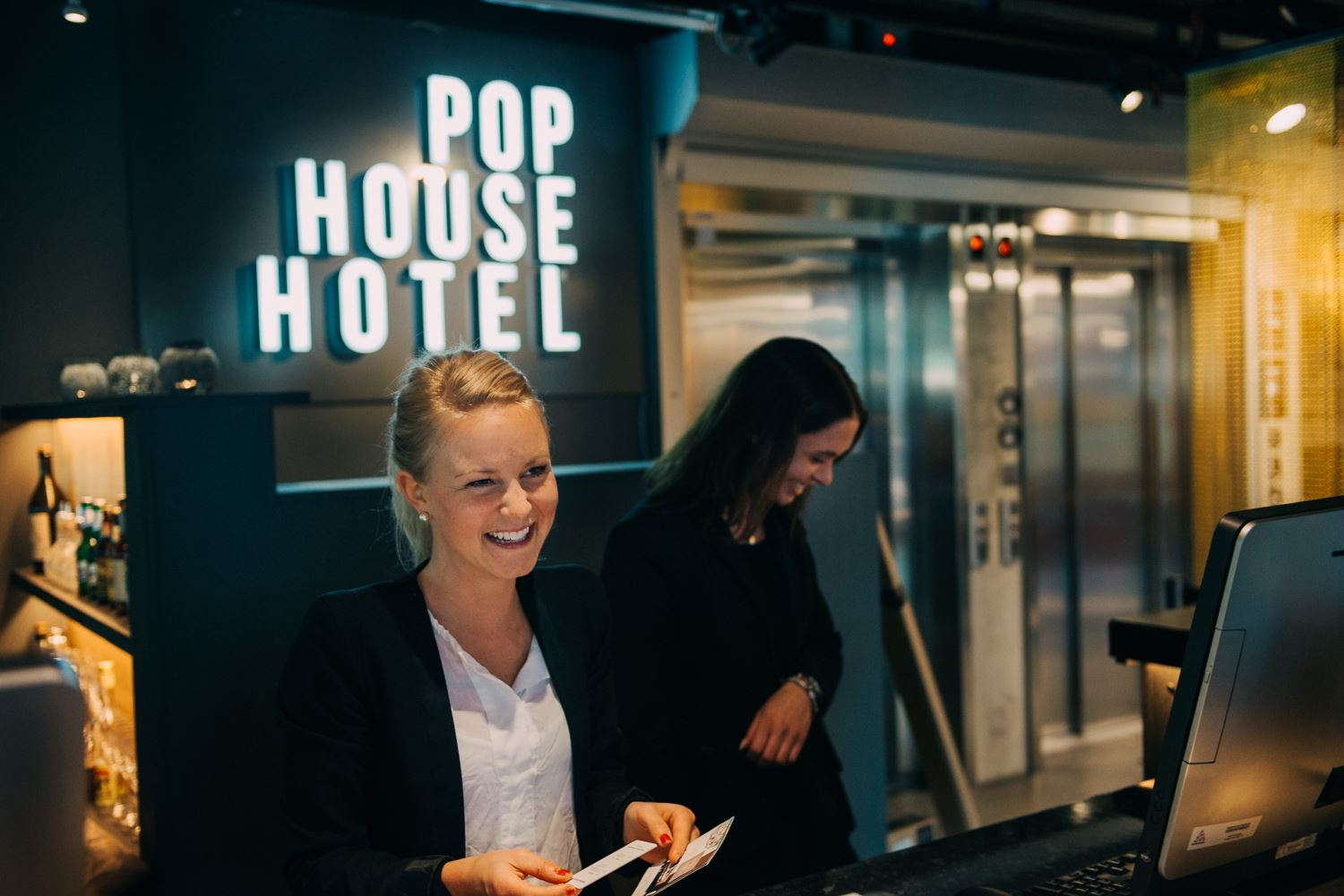 Pop House Hotel