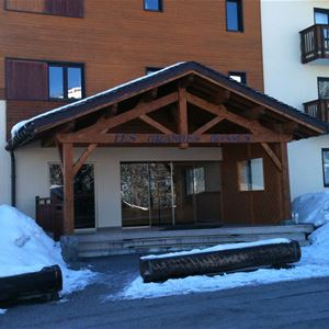1 studio 2 people ski-in ski-out / LES GRANDES BOSSES 32 (mountain of charm) / Tranquility Booking