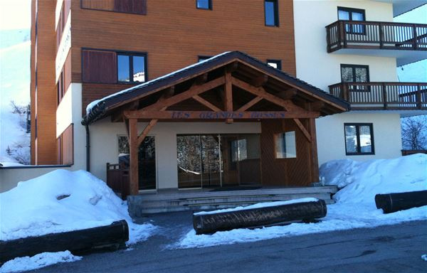 1 studio 2 people ski-in ski-out / LES GRANDES BOSSES 32 (mountain of charm)