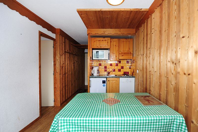 2 Rooms + cabin 5 Pers ski-in ski-out / VILLARET 104