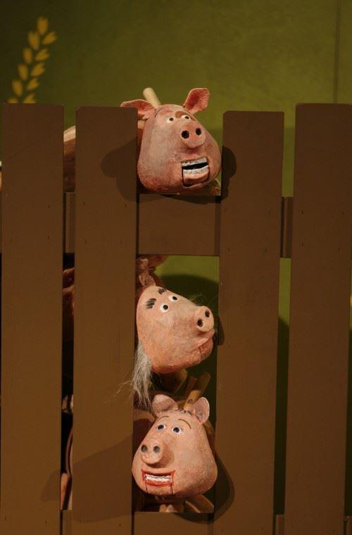 Barnteater - Lilla grisen flyger