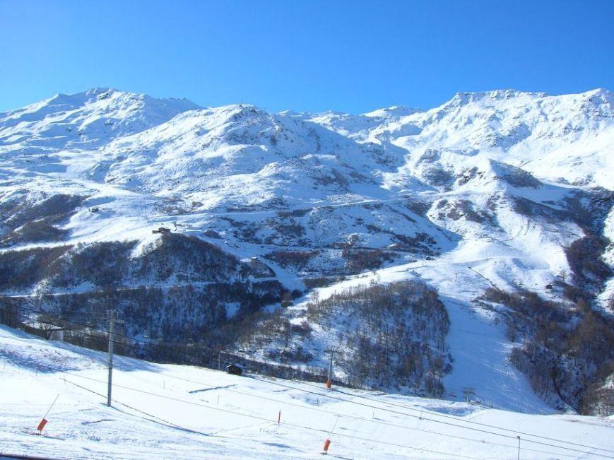 Studio 3 Pers skis aux pieds / CARON 910