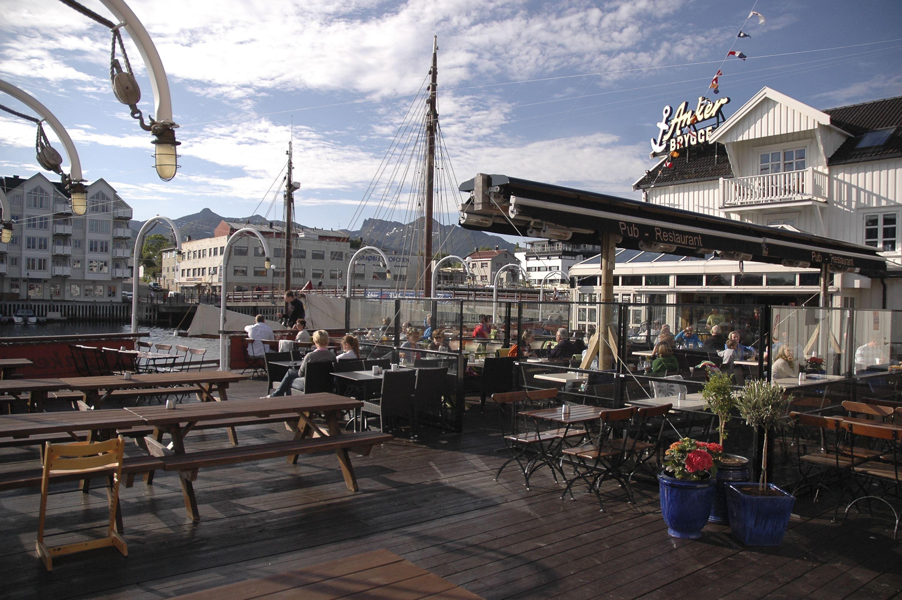 © Anker Brygge, Bryggebaren pub