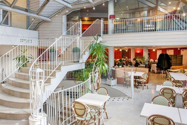 HPH109 - Hôtel contemporain à Lourdes