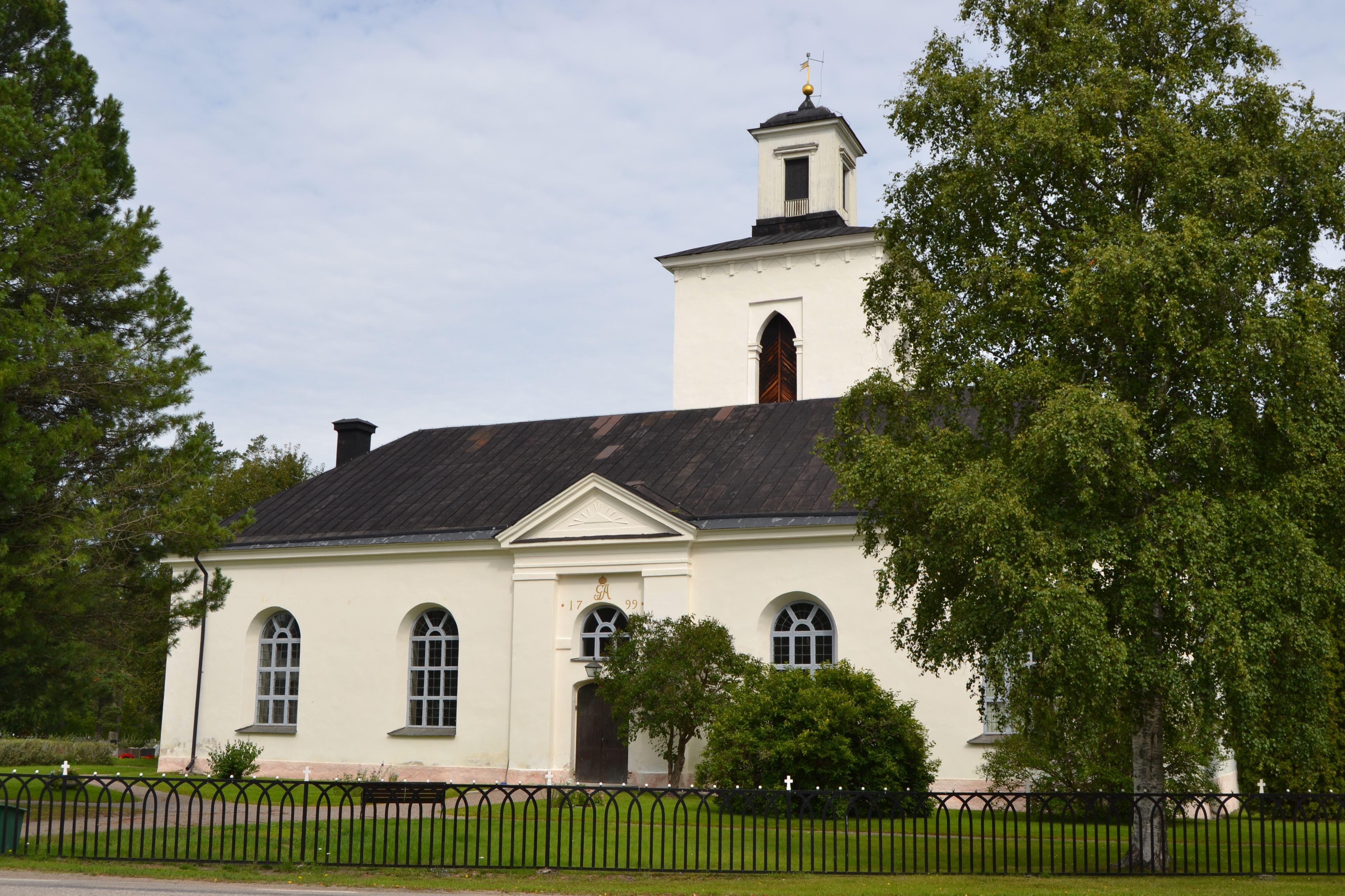 Malin Löthmyr,  © Visit Glada Hudik, Norrbo kyrka