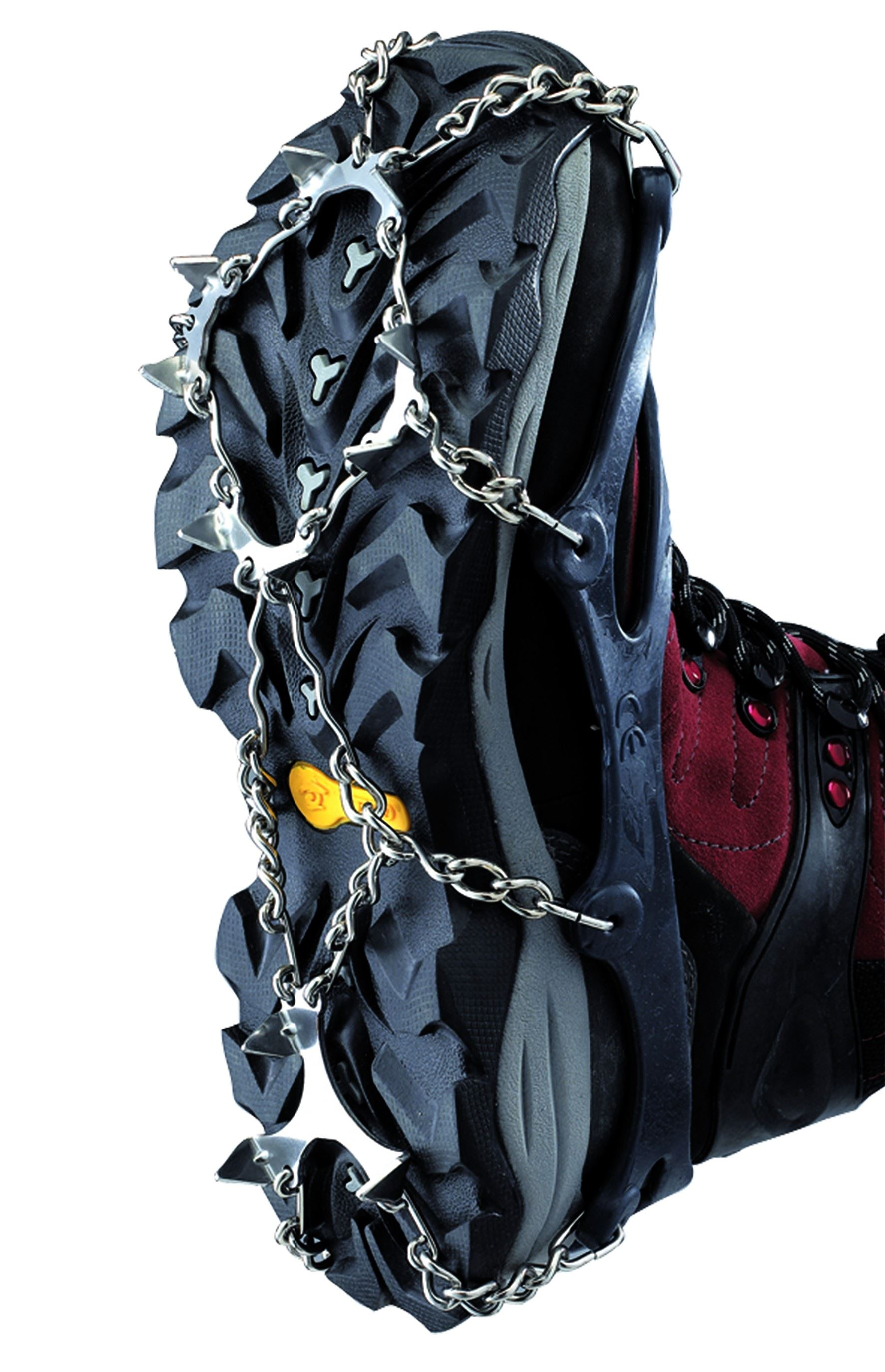 Chain crampons for the winter boots