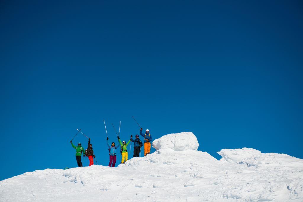 Backcountry skiing course