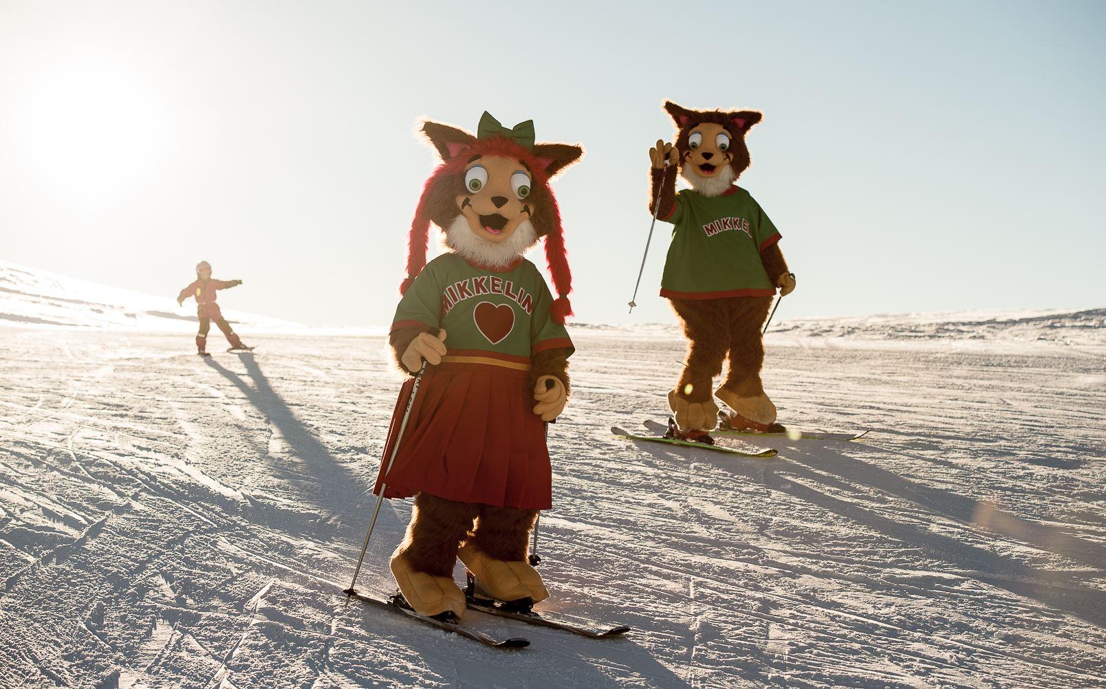 Photo: Sverre F. Hjørnevik,  © Myrkdalen, Moro med Mikkel og Mikkeline