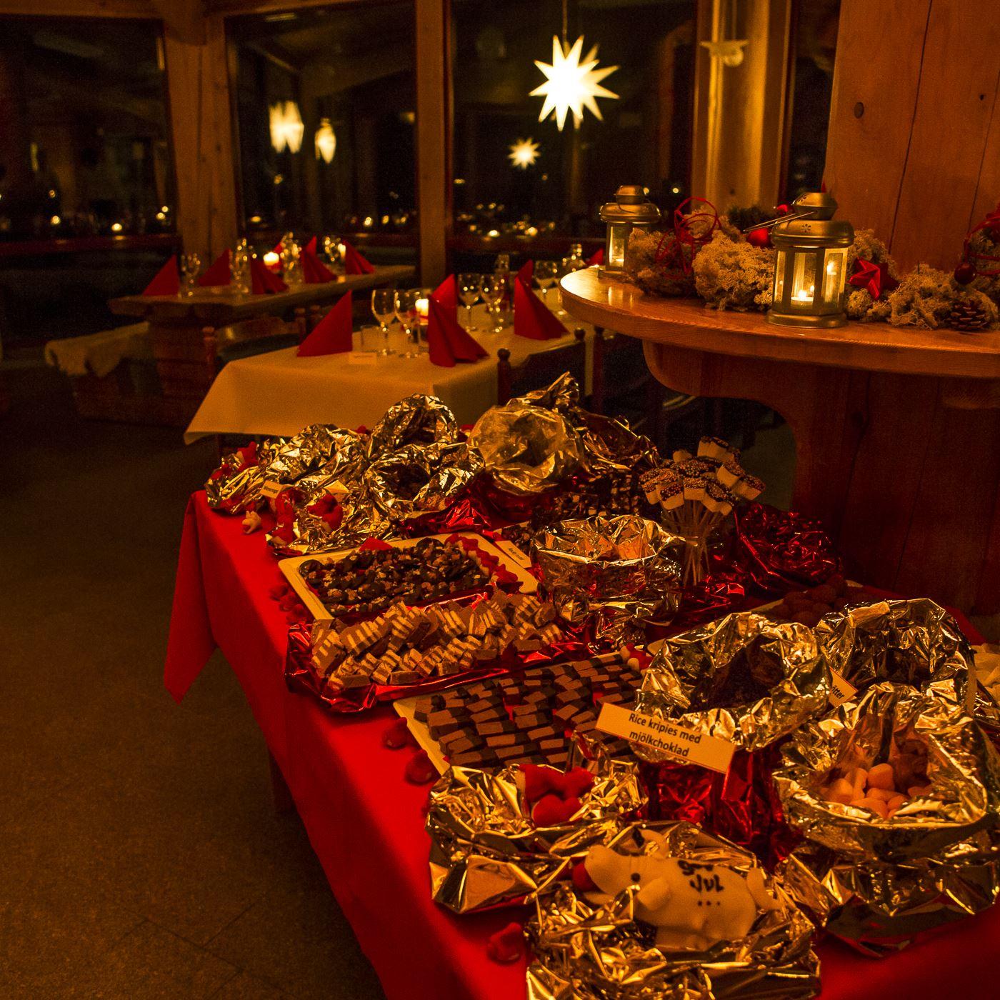 Jullunch i Varghuset för Nytta & Nöje