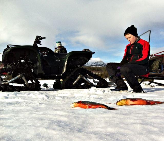 Isfisketur med guide och fika