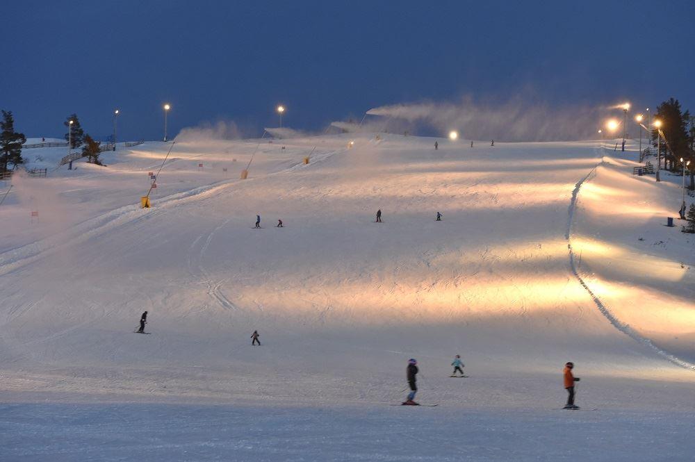 Nisse Schmidt, Evening skiing at Idre Fjäll