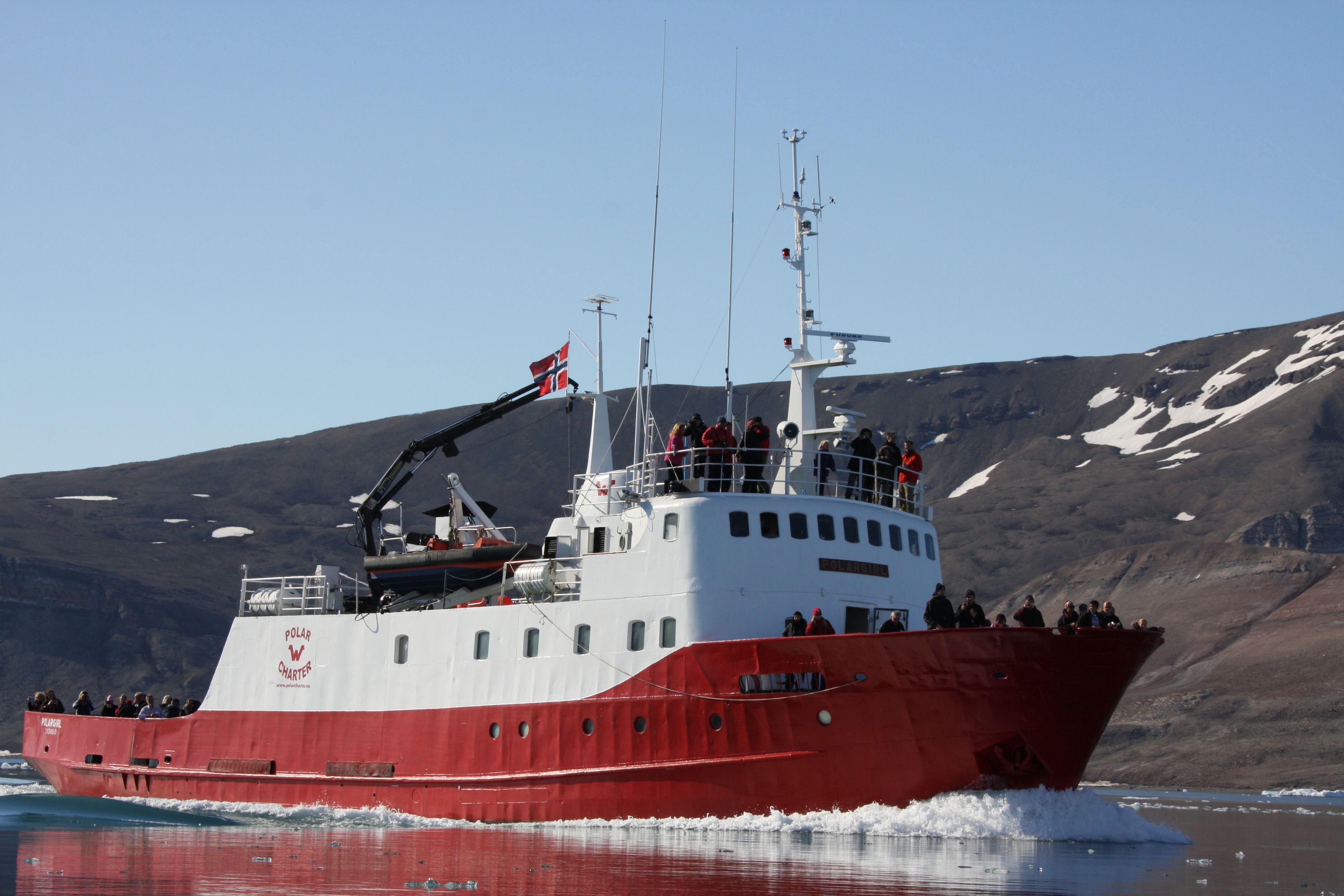 Whale Safari – Polar Charter