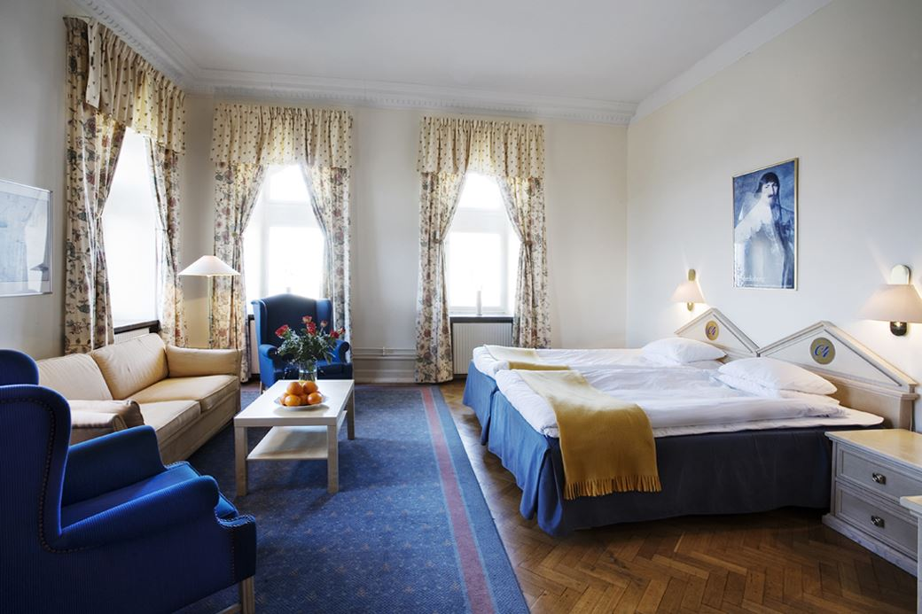 First Hotel Christian IV