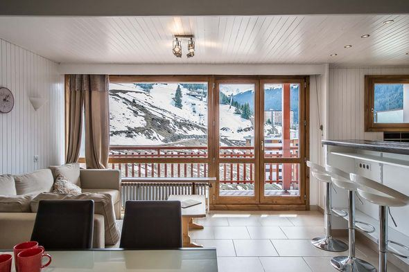 Studio 4/5 people ski-in ski-out / RESIDENCE 1650 28 (mountain of charm)