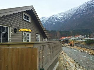 Stor hytte 70 m2 med elveutsikt
