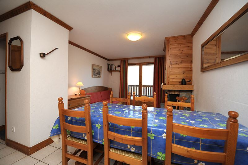 3 Rooms 6 Pers ski-in ski-out / SAPINIERE 1
