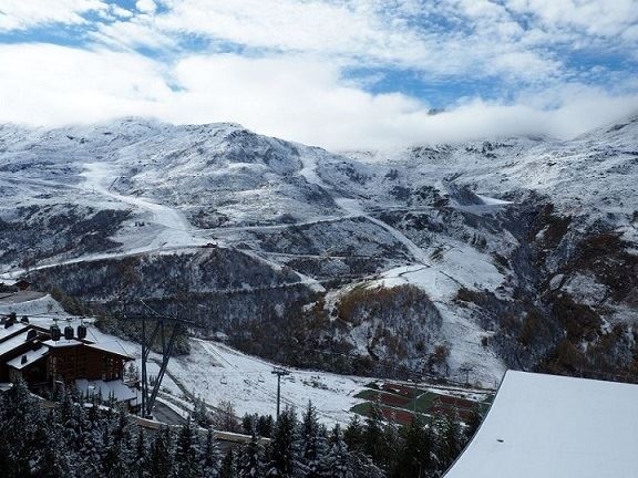 2 Pièces 5 Pers skis aux pieds / LES LAUZES D14