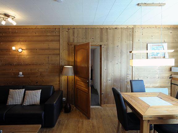 3 Rooms 5 Pers Studio ski-in ski-out / ADRET 1