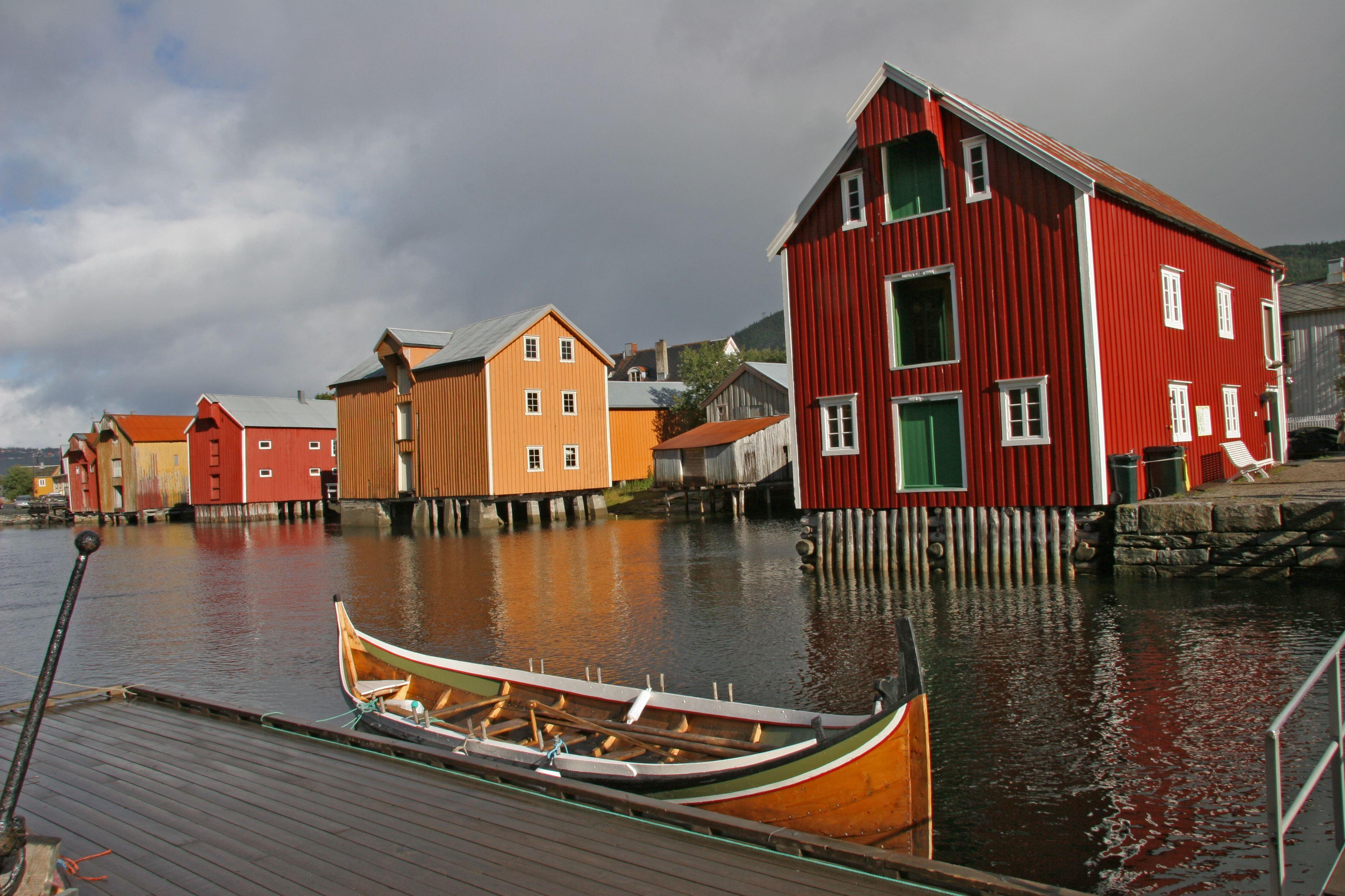 Helgeland Reiseliv,  © Helgeland Reiseliv, Historiske Sjøgata i Mosjøen
