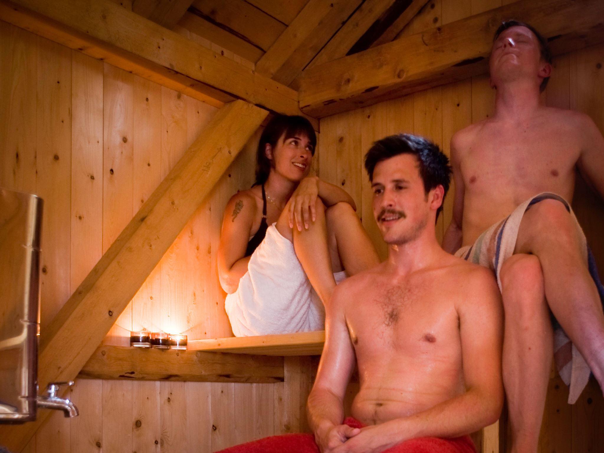 Vedfyrt sauna