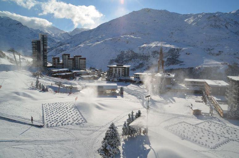 Studio 3 Pers skis aux pieds / PELVOUX 92