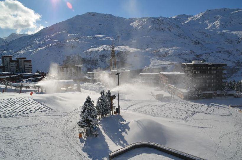 3 Pièces 6 Pers skis aux pieds / PELVOUX 54