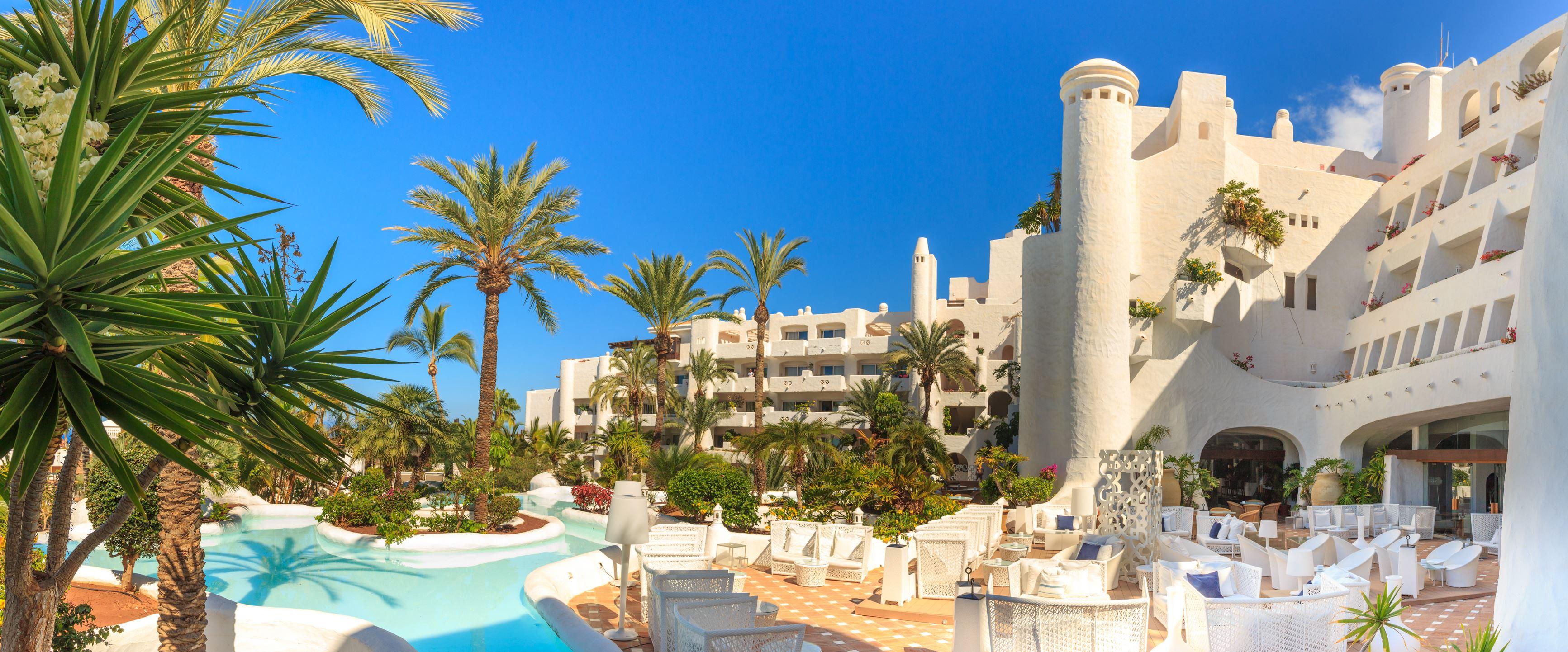Hotell Jardin Tropical: Beach club & subtropisk trädgård – nära till allt!