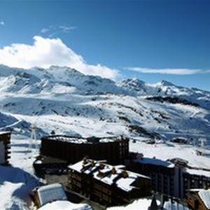 DOME DE POLSET 613 / STUDIO 3 PERSONS - 2 SILVER SNOWFLAKES - CI
