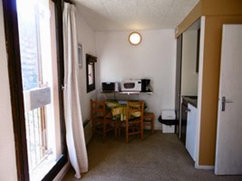 LA ROCHE BLANCHE 113 / 1 room 2 people