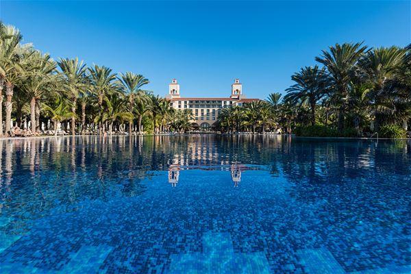Infinitypool på Hotell Lopesan Costa Meloneras Resort, Spa & Casino, Meloneras Gran Canaria