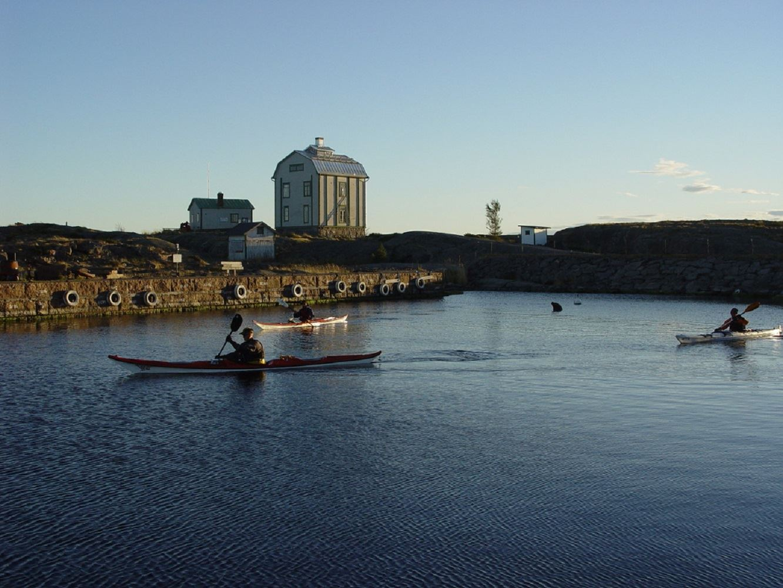 Paddelboden - Guided Kayaking Tour to Kobba Klintar