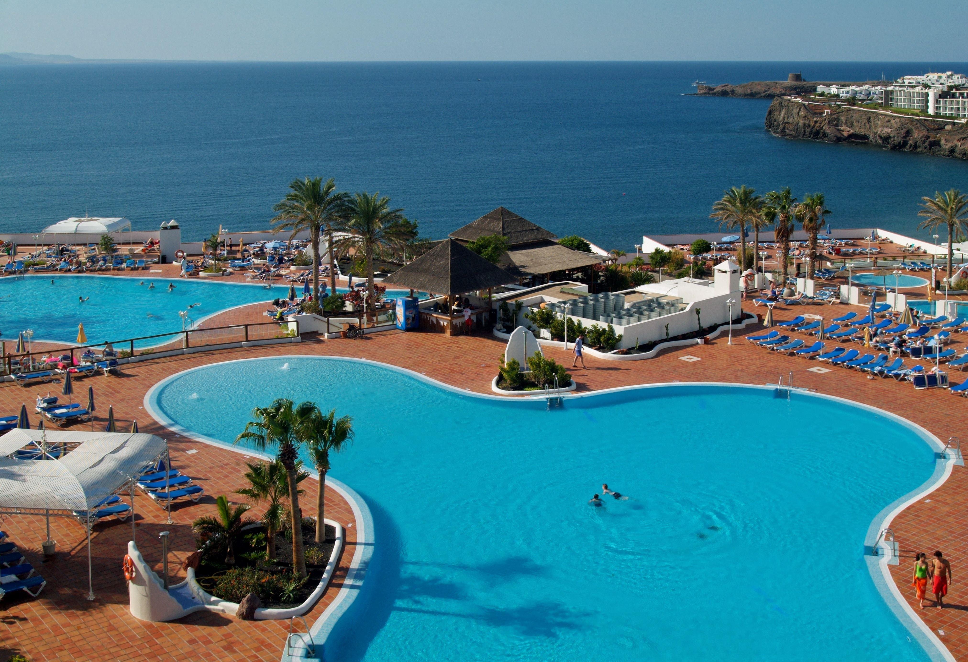Pool på Hotell Sandos Papagayo Beach Resort, Playa Blanca Lanzarote
