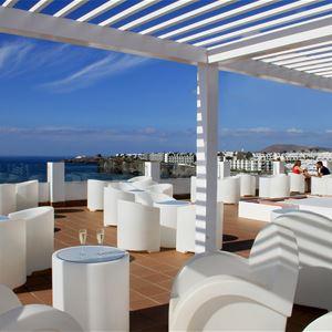 Utsikt från terass på Hotell Sandos Papagayo Beach Resort, Playa Blanca Lanzarote