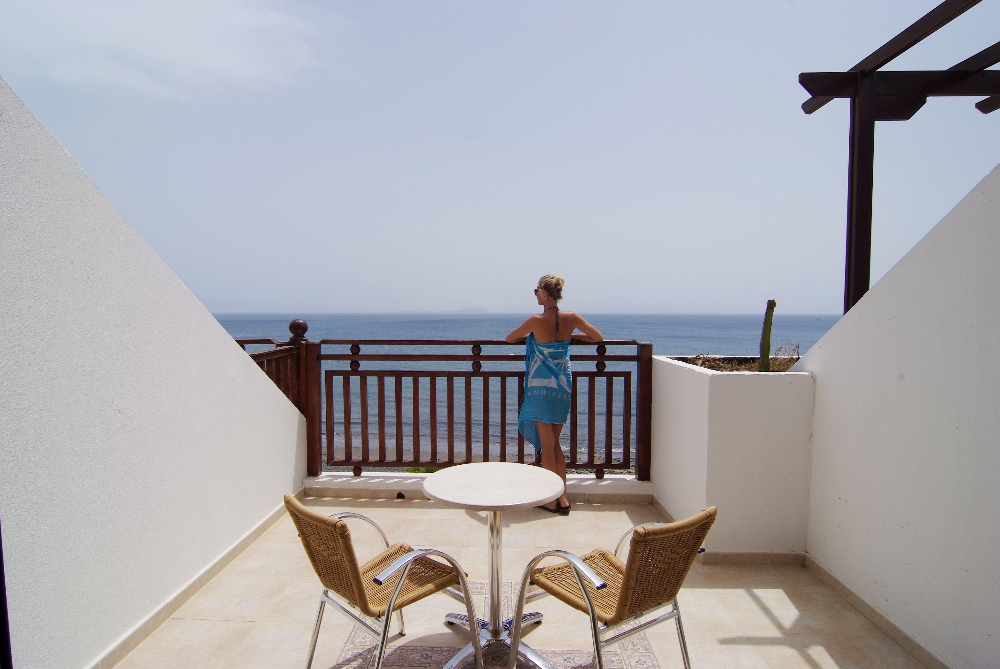 Utsikt över havet från rum på Hotell Sandos Papagayo Beach Resort, Playa Blanca Lanzarote