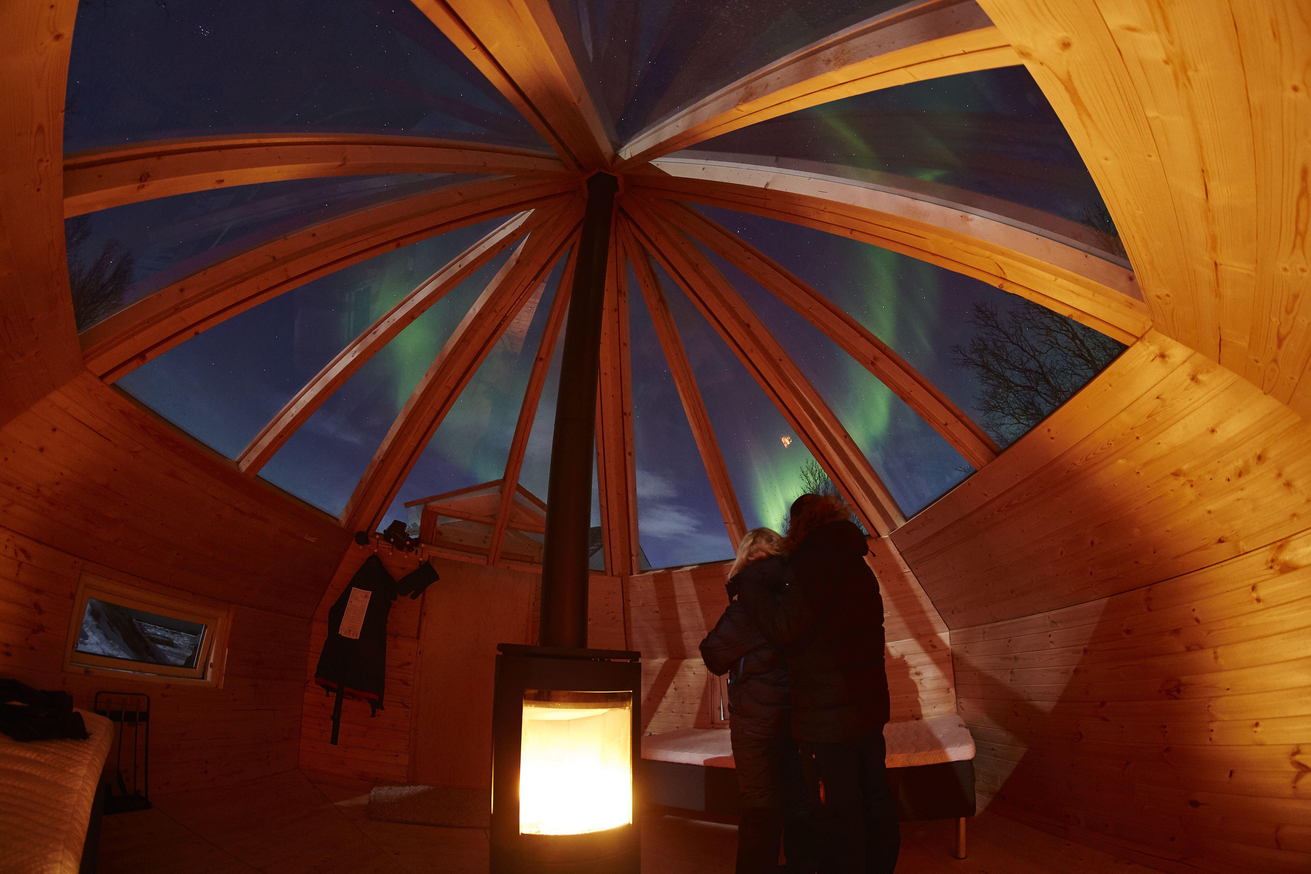 24 timers Aurora ekspedisjon i vakre Lyngen – Green Gold of Norway