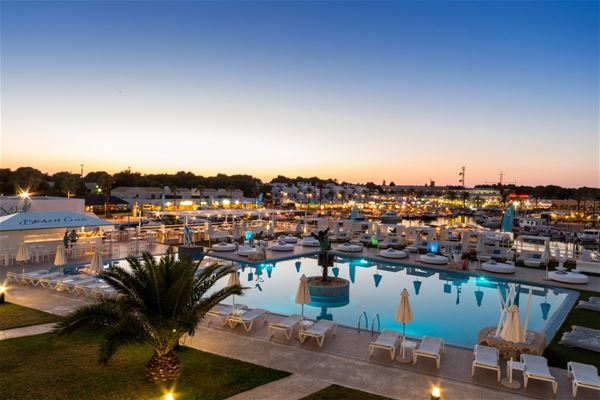 Hotell Casas Del Lago & Beach Club, Cala'n Bosch Menorca