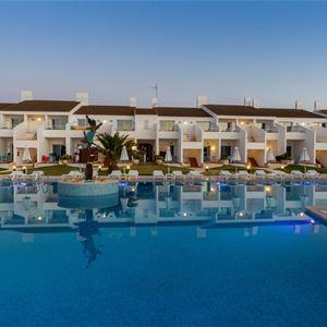 Pool på Hotell Casas Del Lago & Beach Club, Cala'n Bosch Menorca