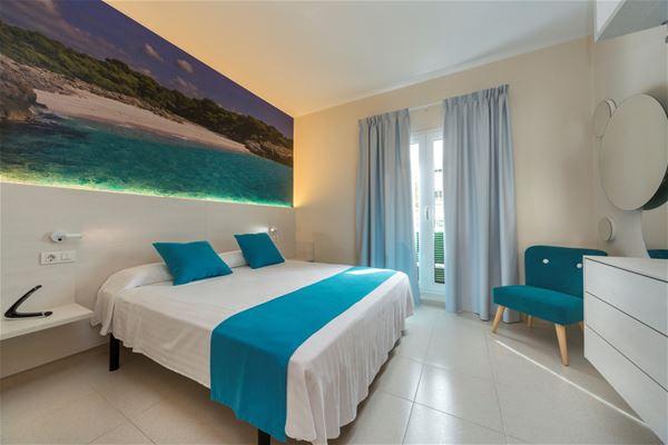 Rum på Hotell Casas Del Lago & Beach Club, Cala'n Bosch Menorca
