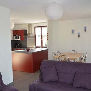 AGMP369-APPARTEMENT DANS RESIDENCE