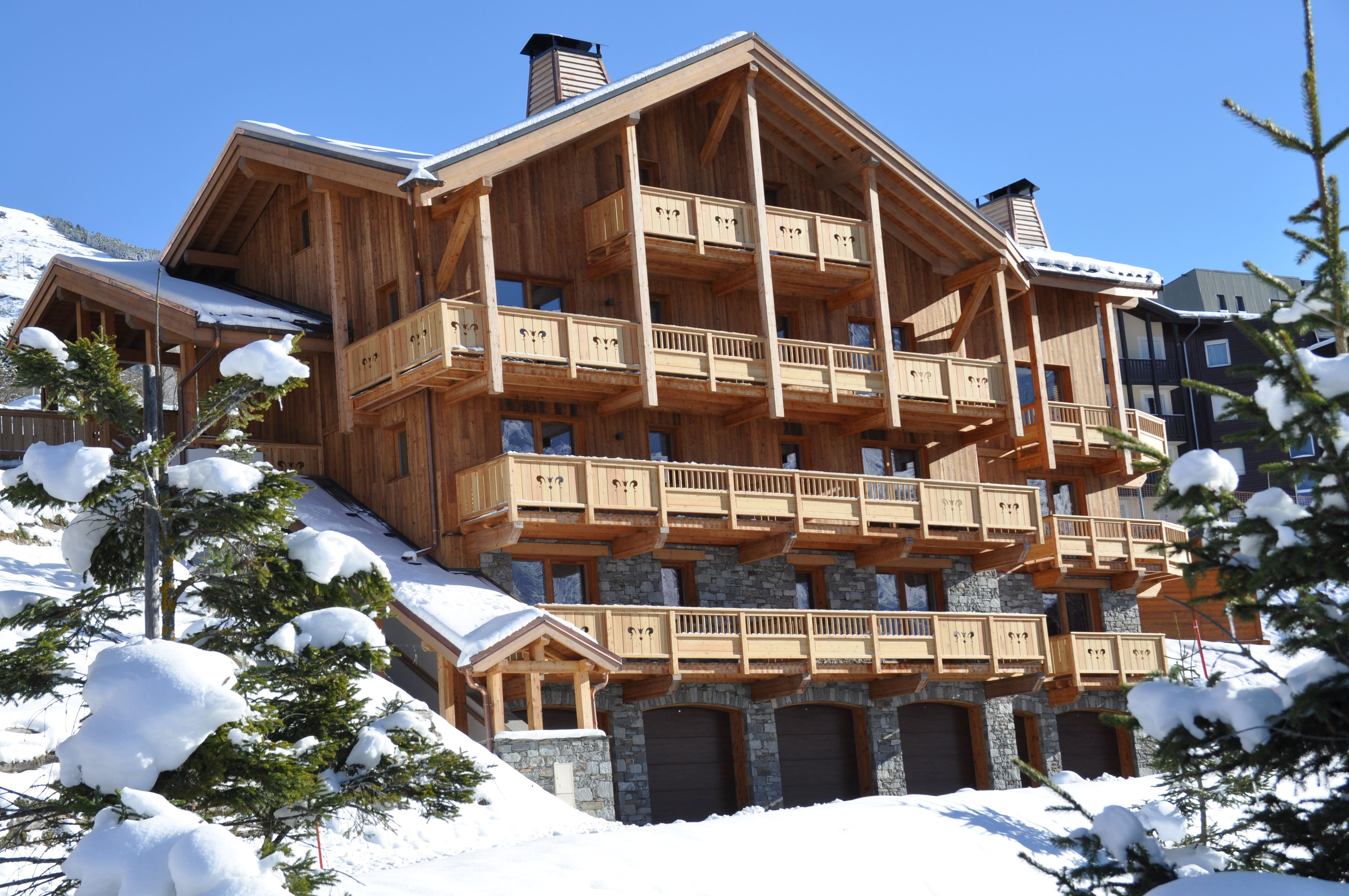 "Residence at 50m from the slopes / RESIDENCE CHALET ISELIME (5 Snowflakes ""Or"")"
