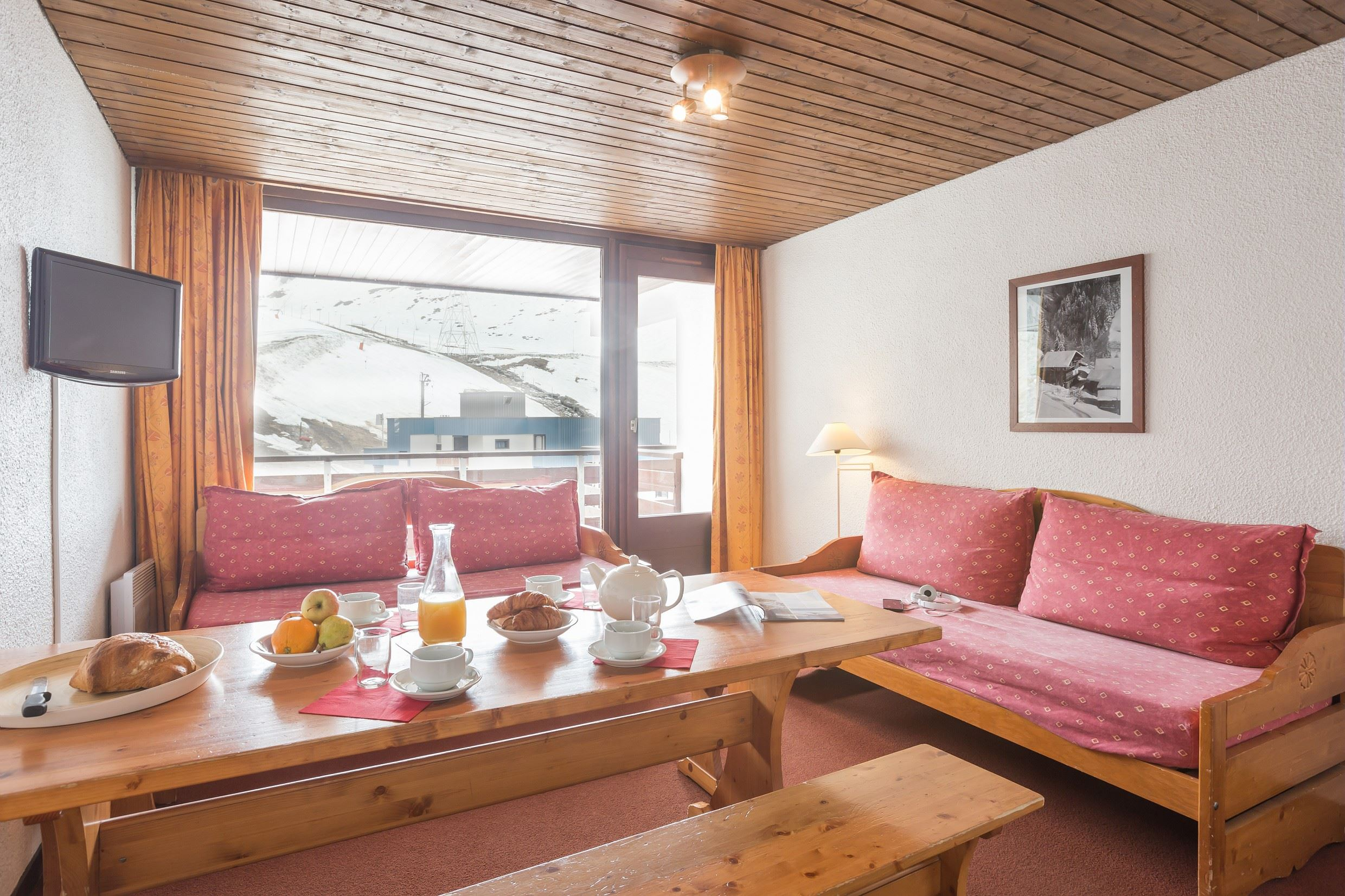 Residence Schuss - Studio cabin 6 persons with balcony south facing and view on the slopes