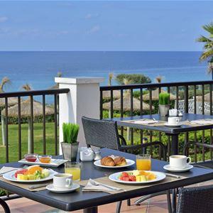 Havsutsikt på Hotell Sol Beach House, Santo Tomas Menorca