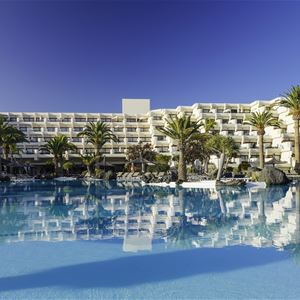 Pool på Hotell Melia Salinas, Costa Teguise Lanzarote