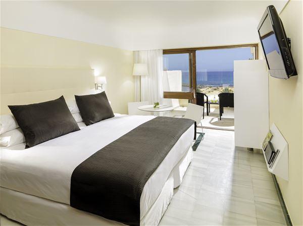 Rum på Hotell Melia Salinas, Costa Teguise Lanzarote