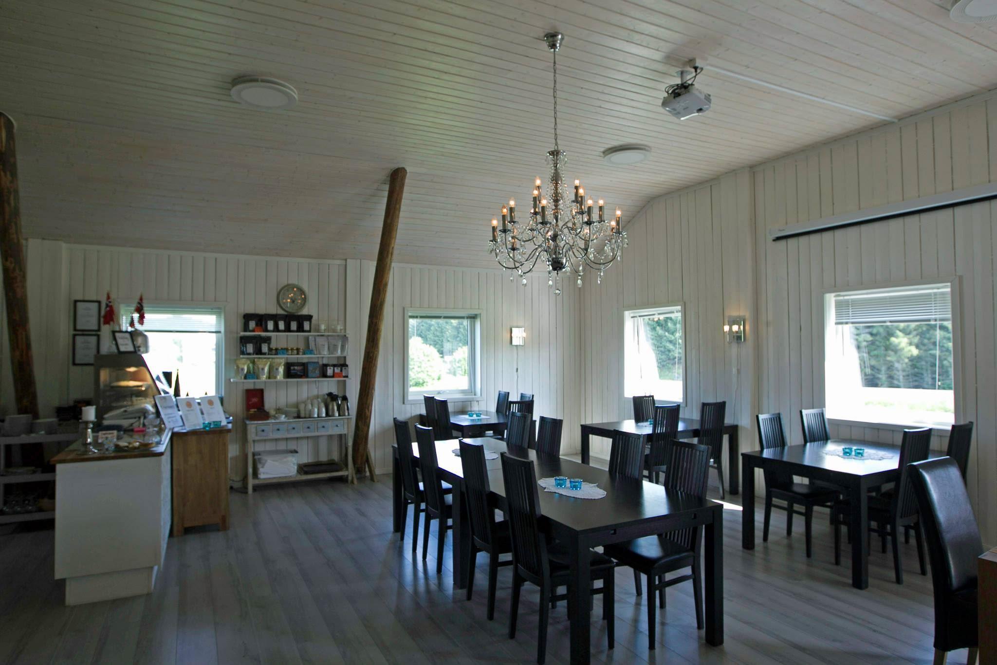 Tre Kalver gårdskafe og restaurant